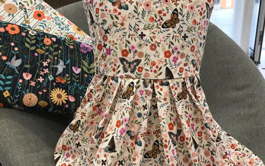 Robe d'été fillette – patron OTTOBRE / tissu Dashwood Studio